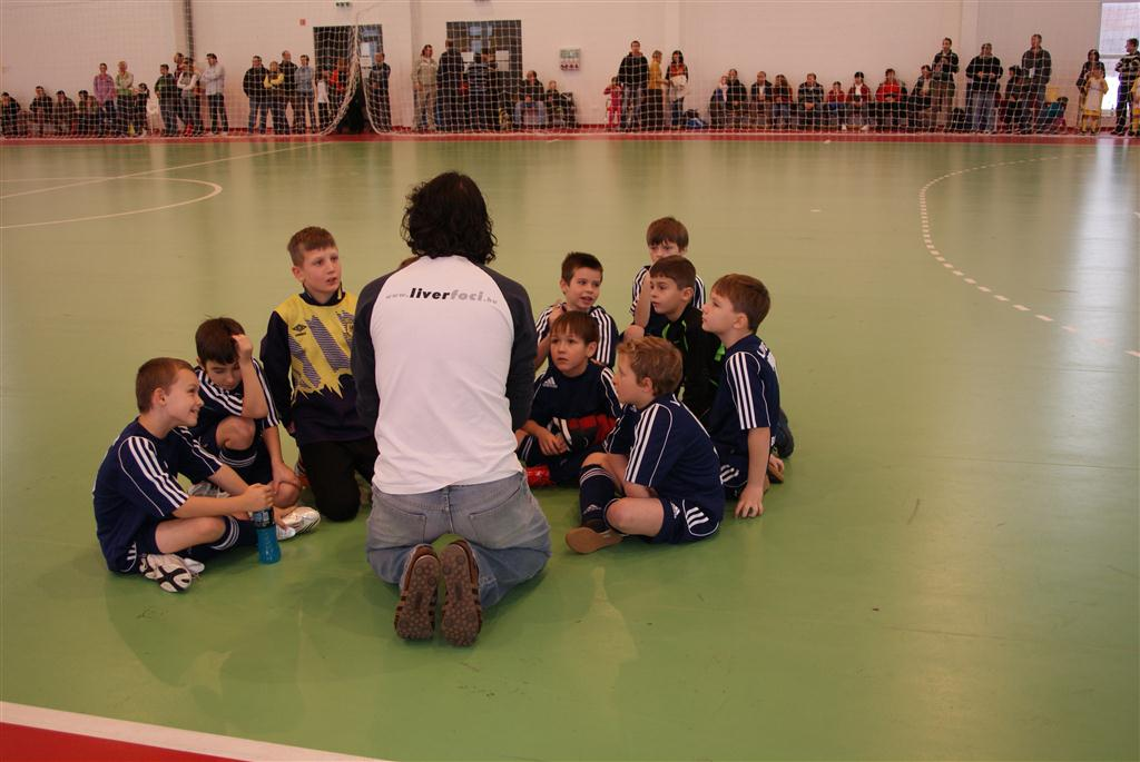 20101212-Telki-U9-Korzeti_valogato_003